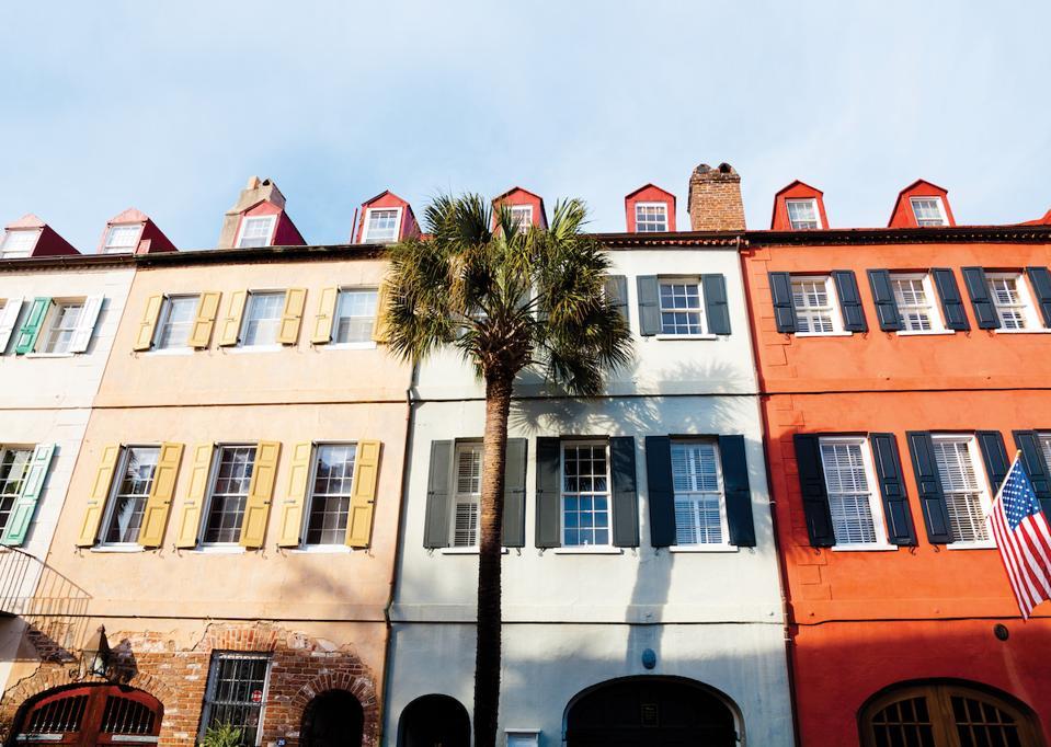 Charleston Streetscape South Carolina Rainbow Row Luxury Travel Romantic Weekend Getaway