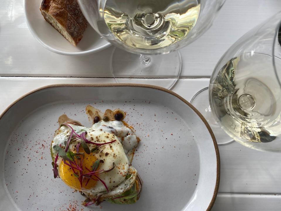 Avocado toast with Sauvignon Blanc wine
