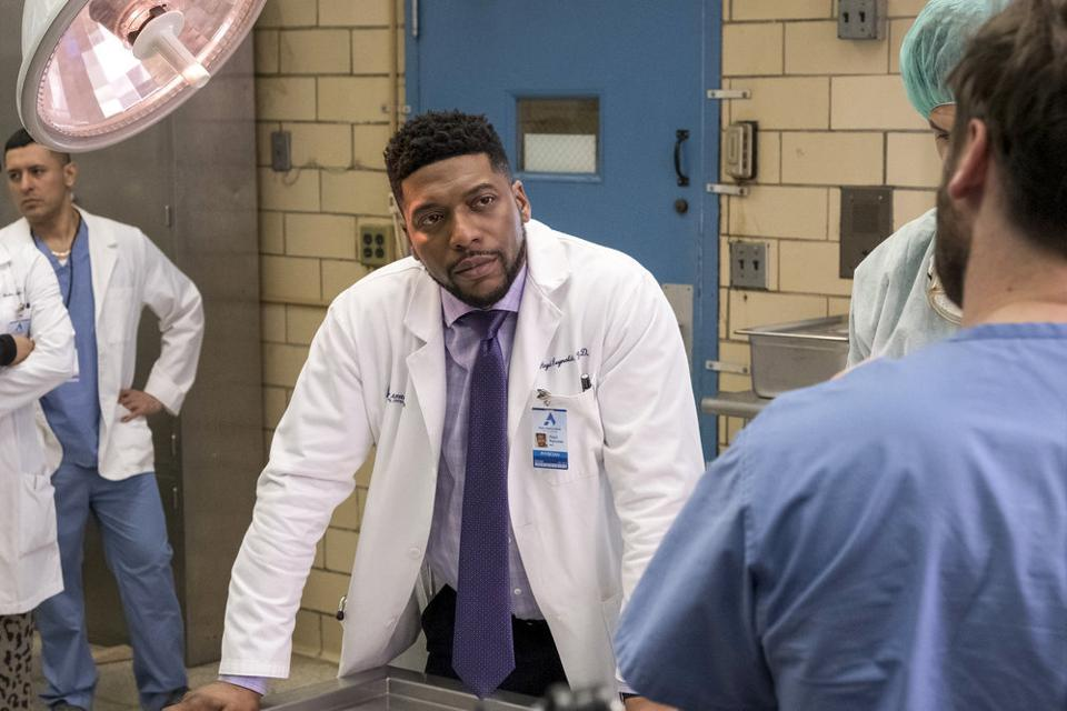 NEW AMSTERDAM -- Pictured: Jocko Sims as Dr. Floyd Reynolds -- (Photo by: Francisco Roman/NBC)