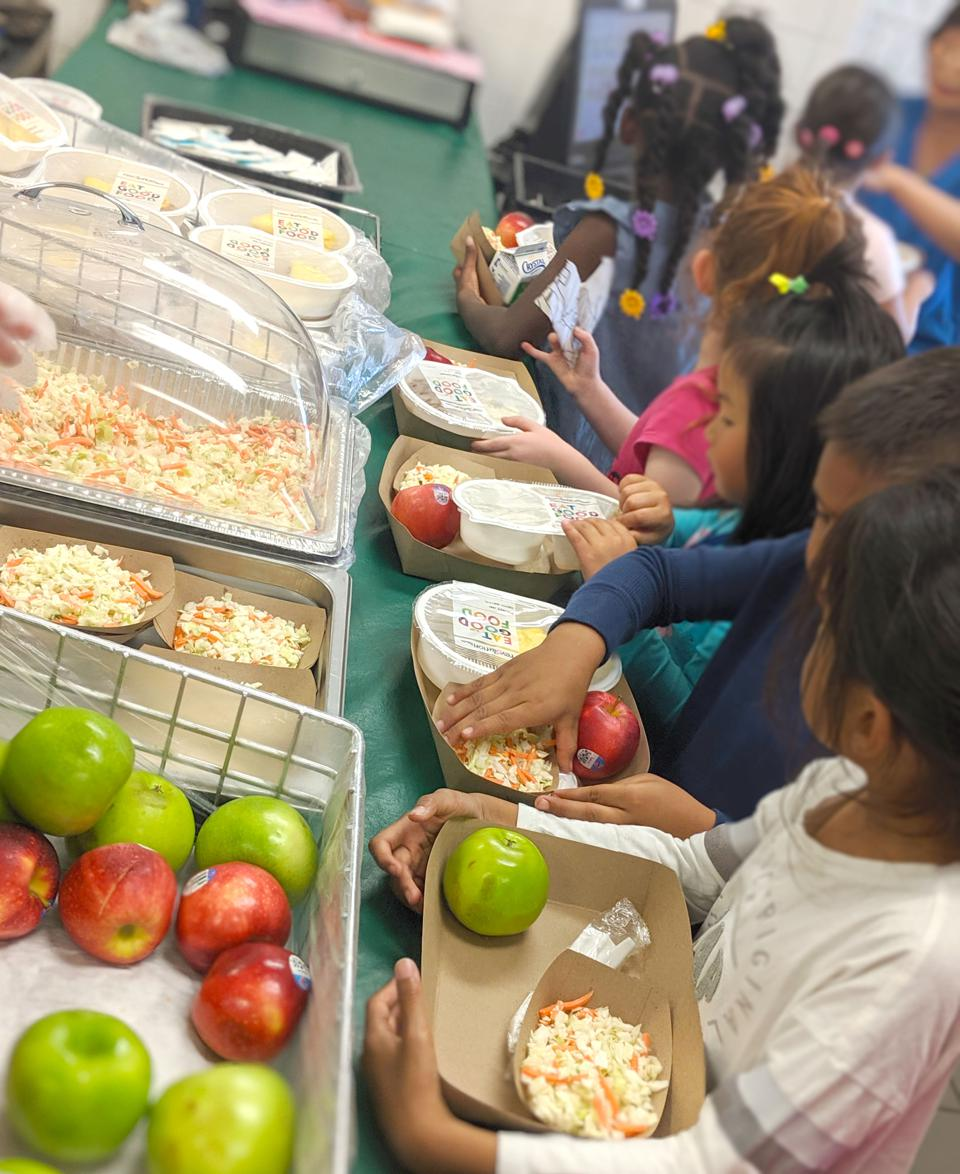 About 53% of San Francisco Unfied School District's students qualify for free or reduced-price lunch