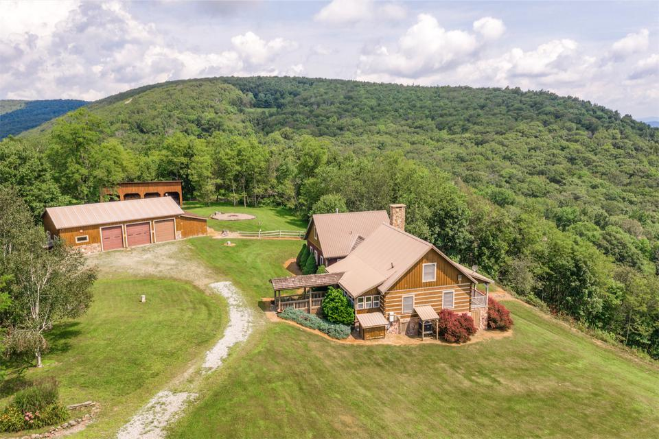 Cabins at High Mountain are spaced for privacy and optimum views.