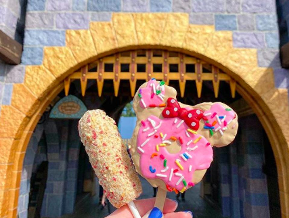 The Strawberry Shortcake Marshmallow Wand and Minnie Crispy Treat at Disneyland