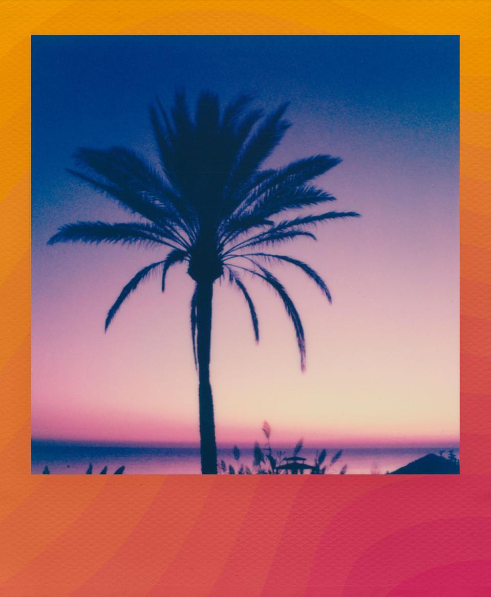 Color i-Type Film Color Wave Frame