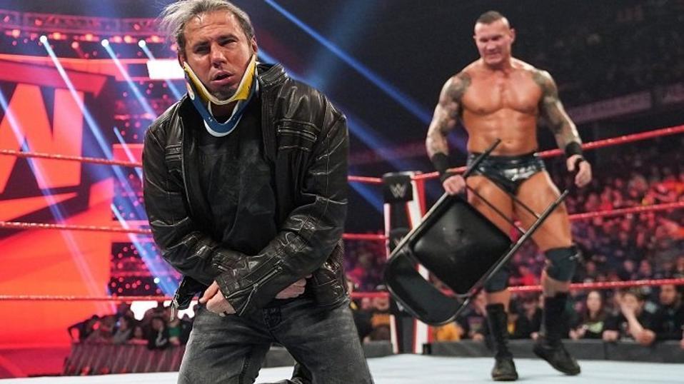 WWE Raw: Randy Orton attacks Matt Hardy