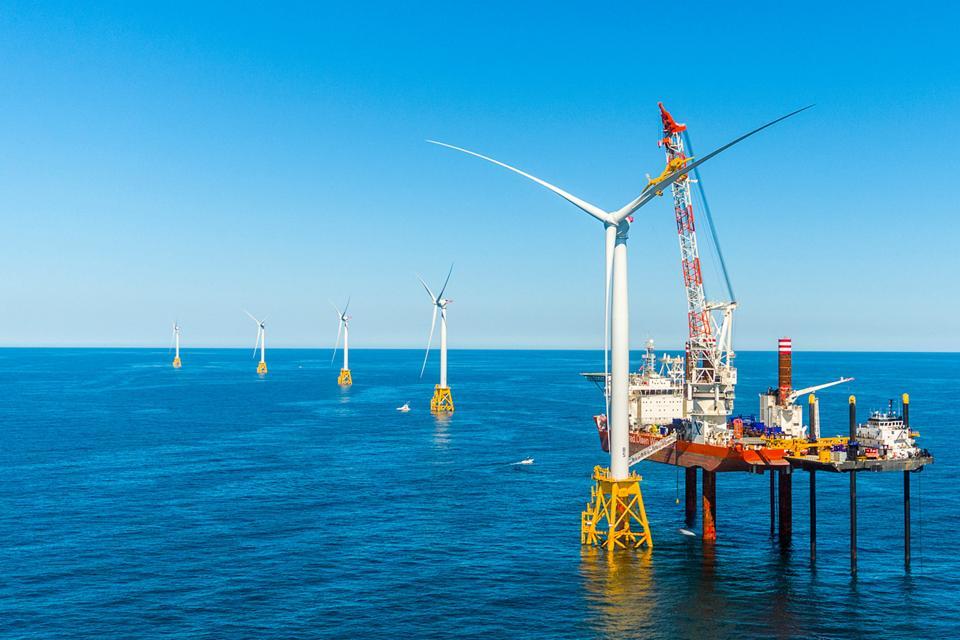 Block Island offshore wind farm construction