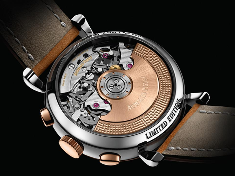 The new Audemars Piguet [Re]master01 contains a state-of-the-art automatic movement.