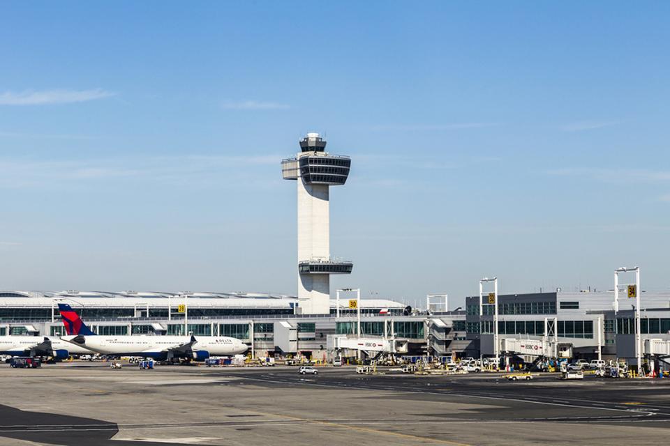 coronavirus, air traffic closing, JFK Airport, environmental flight metrics