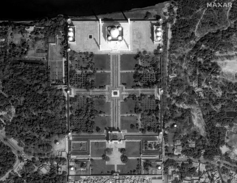 Taj Mahal Feb 10