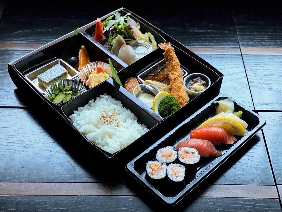 n-naka Bento sushi Michelin star Los Angeles Japanese kaiseki coronavirus COVID-19 rice