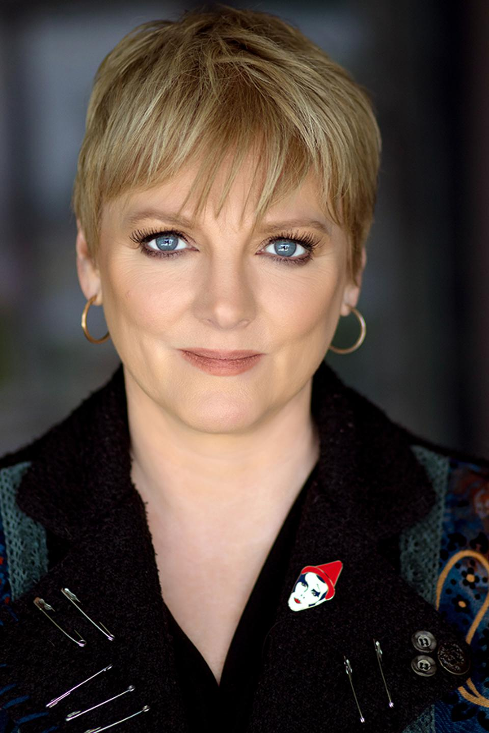 Alison Arngrim, the star of Little House on the Prairie, is reading the Laura Ingalls Wilder books to fans.