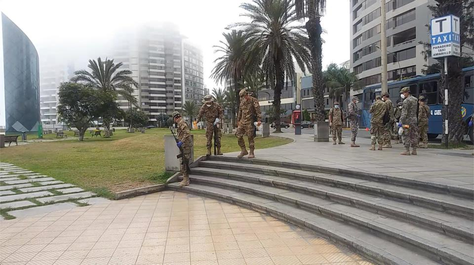Strong Military Presence throughout Lima, Perù