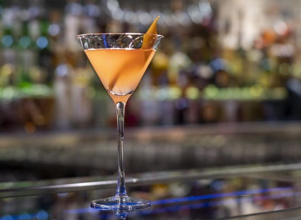 Easy Cocktail Recipes_Hakkatini_Hakkasan NYC