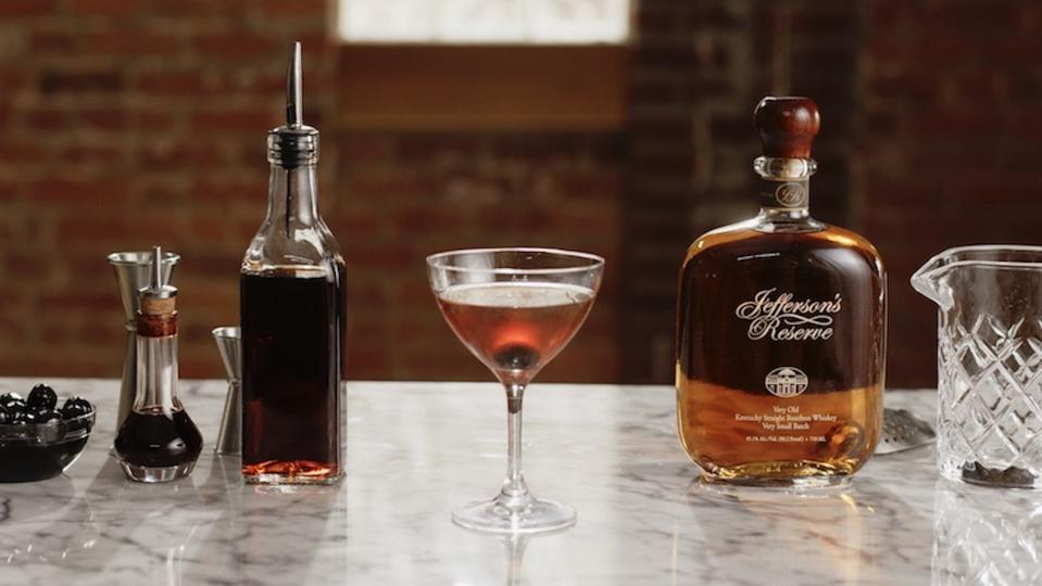 Easy Cocktail Recipes_Manhattan_Jefferson Bourbon