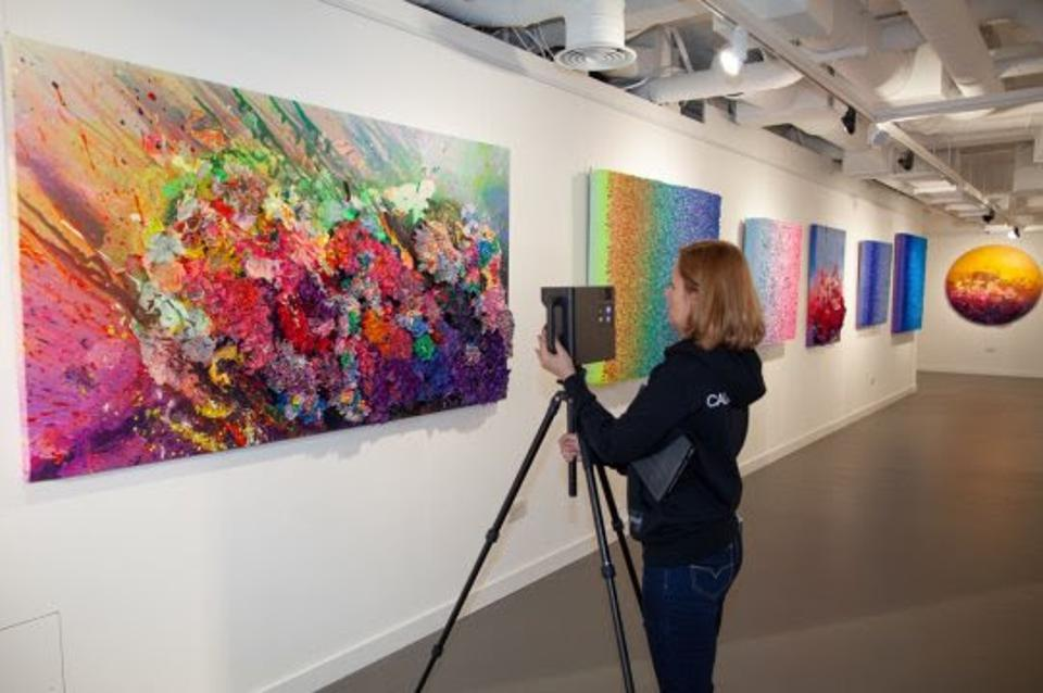 Putting together the virtual exhibition of Nova artworks by artist Zhuang Hong Yi at HOFA Gallery, London.