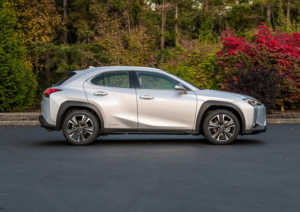2020 Lexus UX 250h Luxury Test Drive And Review ...