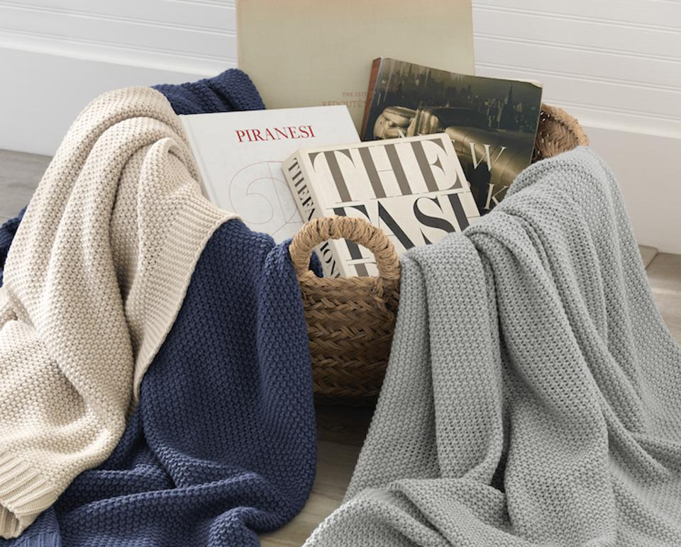 Riley Chunky Knit Throws