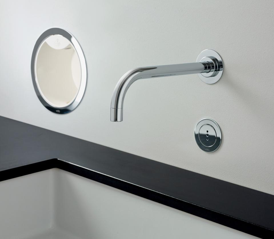 Commercial hands-free soap dispenser