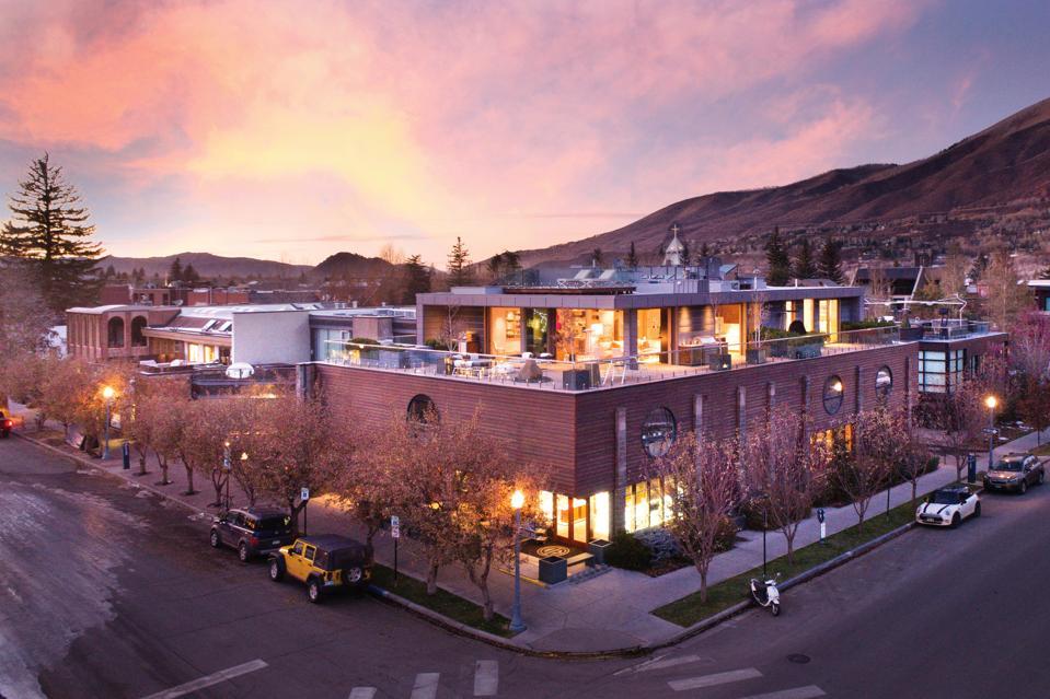 Business Executive Pays $11.23 Million For Aspen's Priciest Penthouse