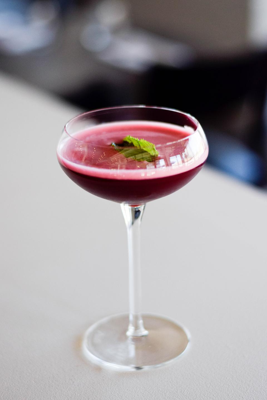 Hibiscus tea cocktail