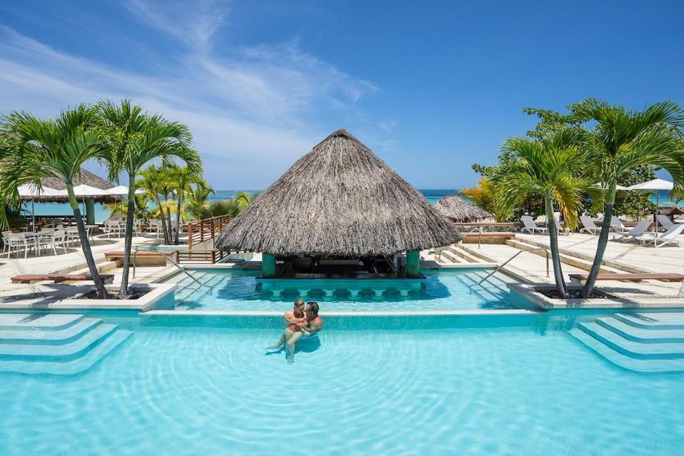 Couples Resorts / Jamaica