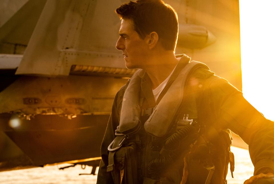 Tom Cruise's 'Top Gun: Maverick' Flees Danger Zone For A Smart ...