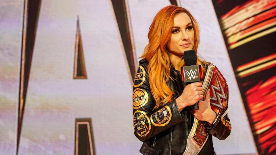 Becky Lynch Reportedly Signs New Contract With The WWE 1