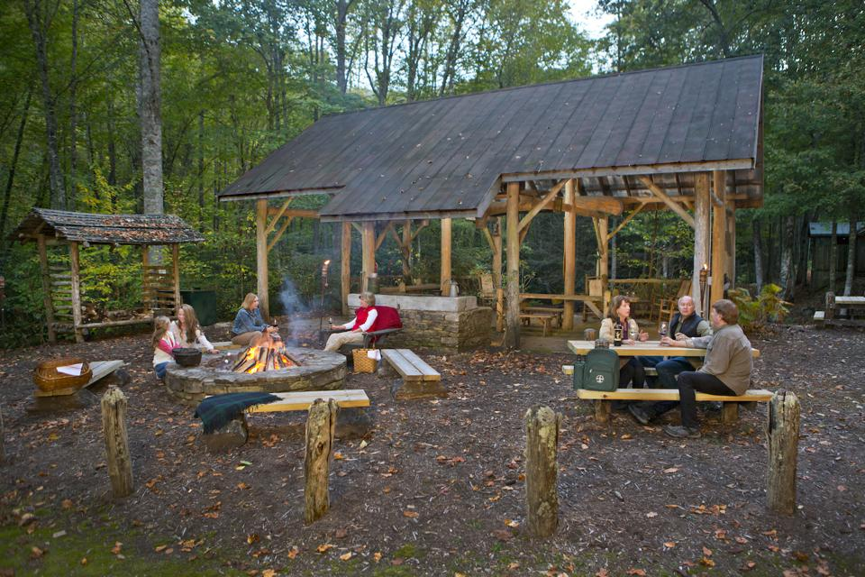 The Preserve's Dark Ridge Creek campsite is a charmingly rustic outpost that can be reserved for adventurers of all ages – camping, hiking, fishing, cookouts, stargazing, and fireside storytelling.