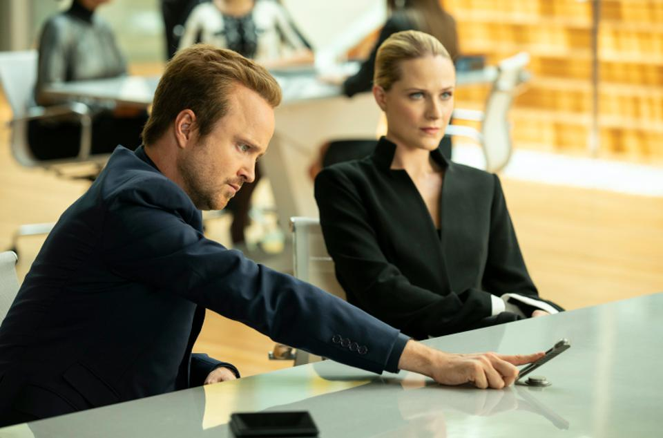 Aaron Paul and Evan Rachel Wood game the system in Westworld.