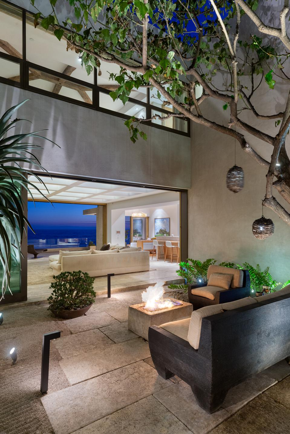 This 26 Million Healthy House In Orange County Is Almost Completely Toxin Free
