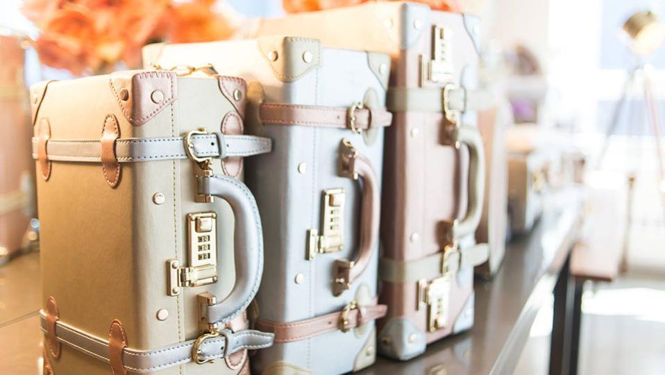 Steamline Luggage