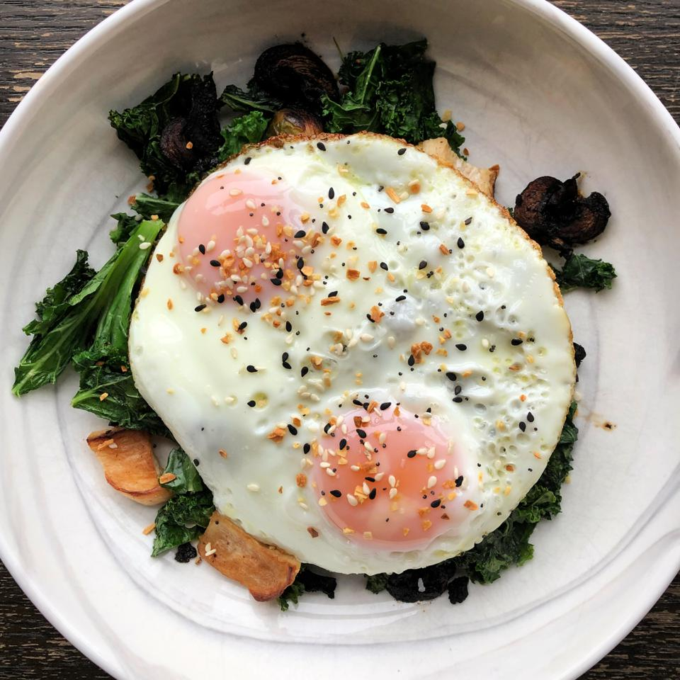 eggs-breakfast-vegetables