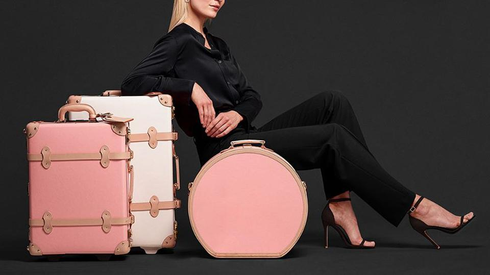 SteamLine Luggage travel suitcases & hat-box