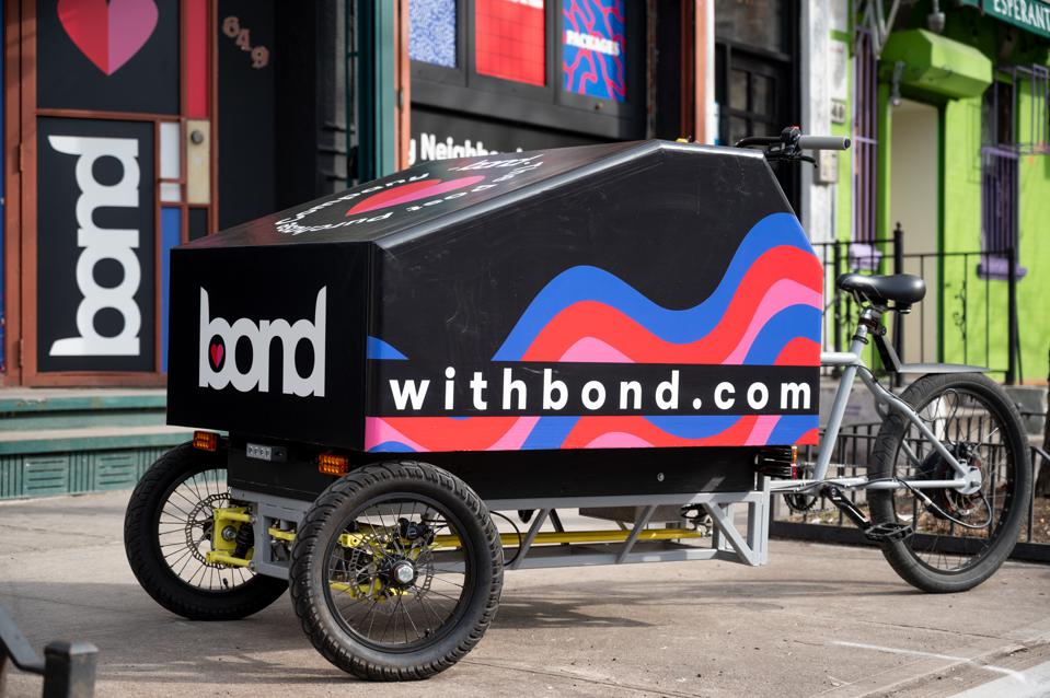 bond, bondmobile, electric trike, electronic vehicle, electric vehicle, delivery