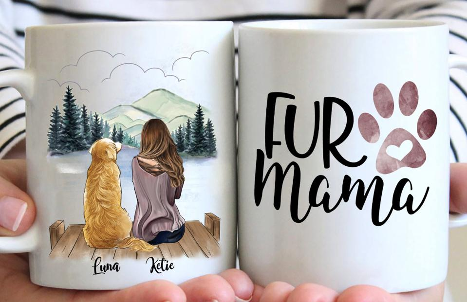 A ″Fur Mama″ coffee cup from Gossby