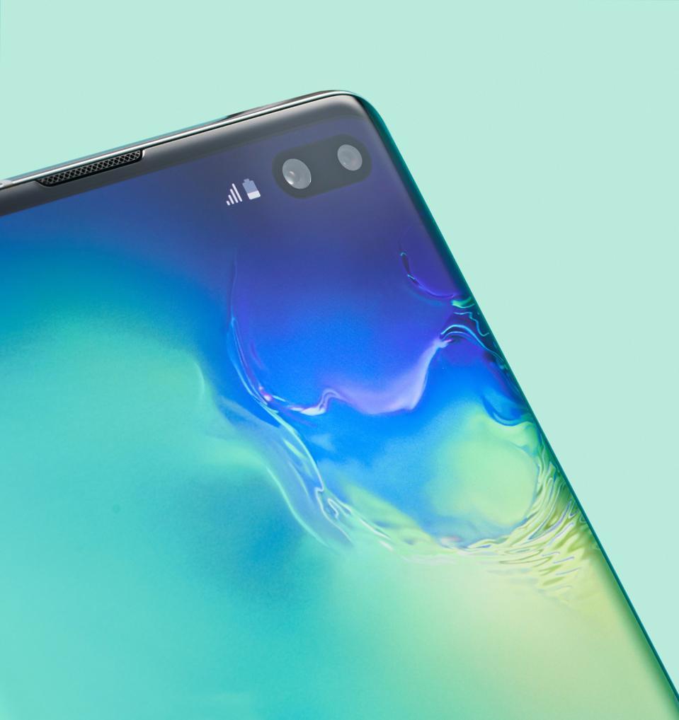 Samsung Galaxy S10+ Smartphone