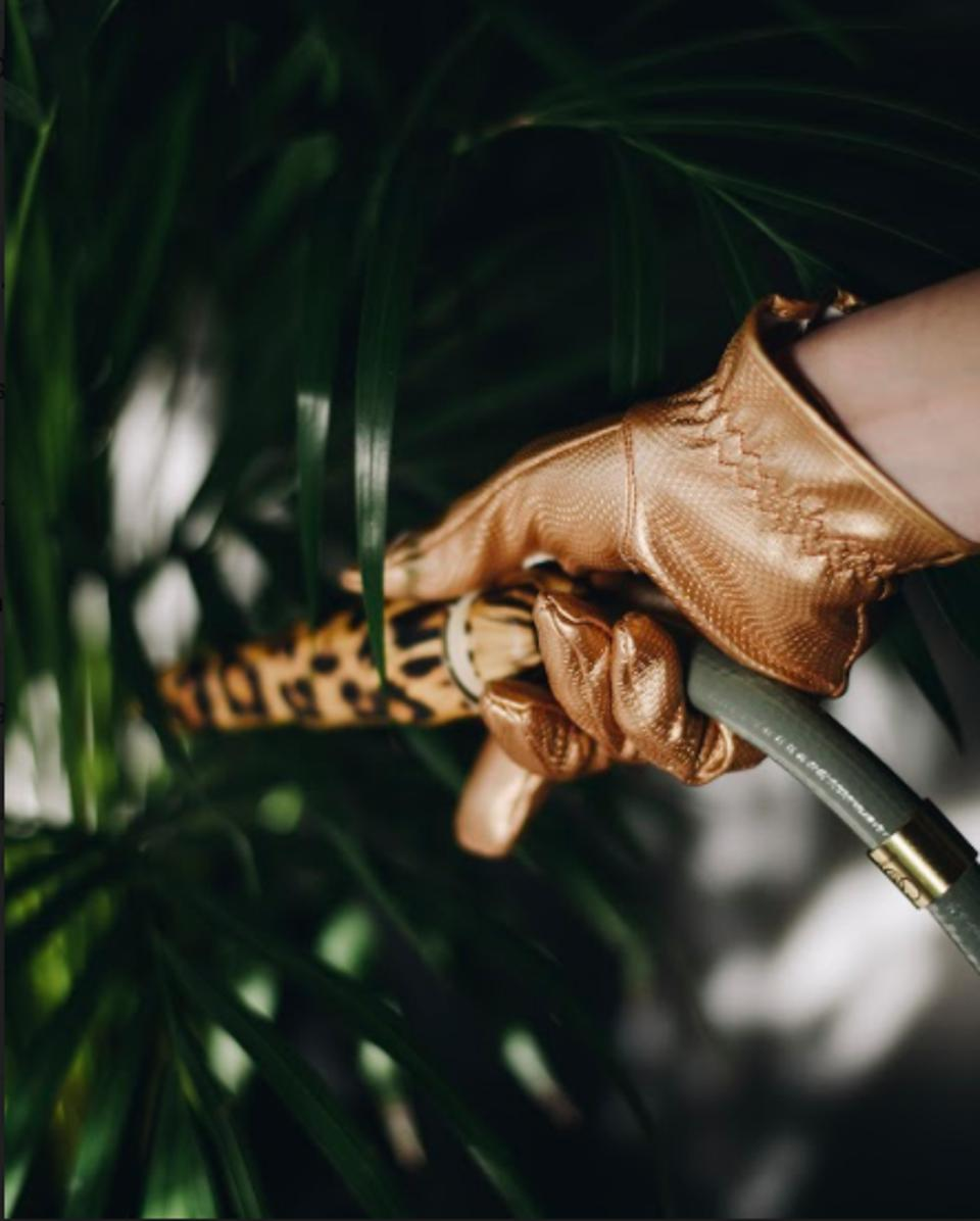 Stylish gloves from gardening from Garden Glory