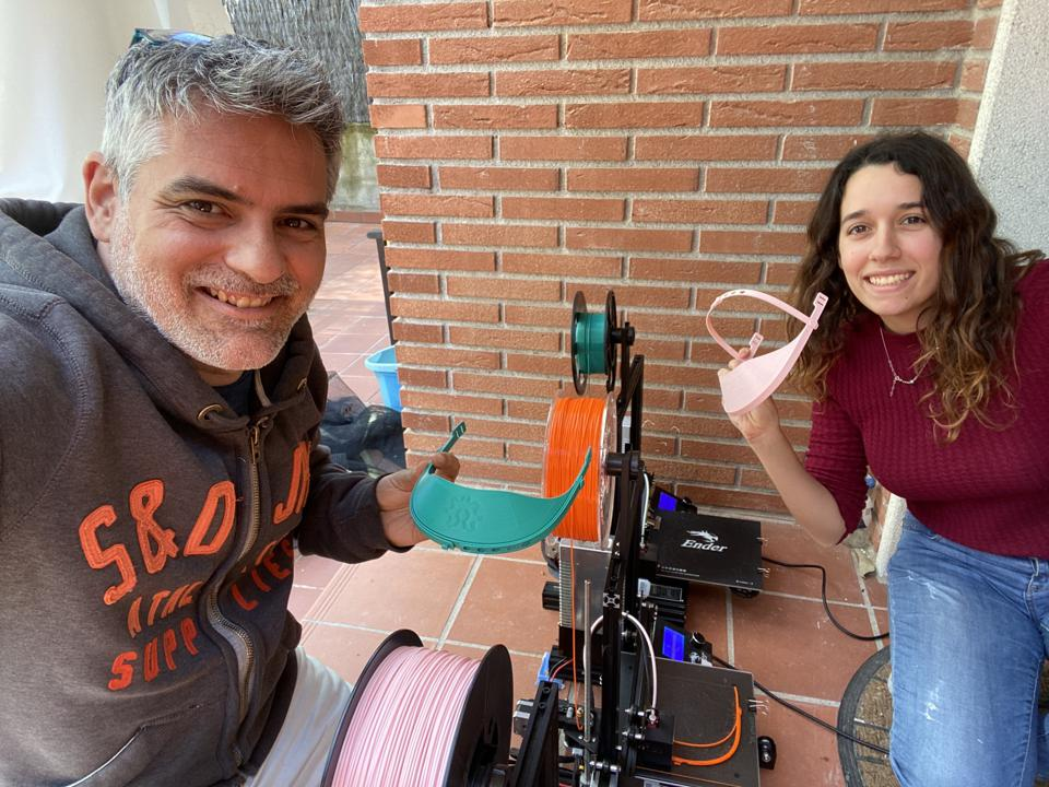Jordi Vallejo and Natalia Pujades printing for Hospital Taulí and Hospital Vall d'Hebron, Barcelona
