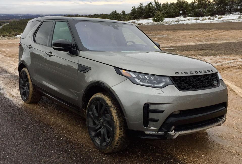 Jaguar Land Rover puts its social media feeds to work.