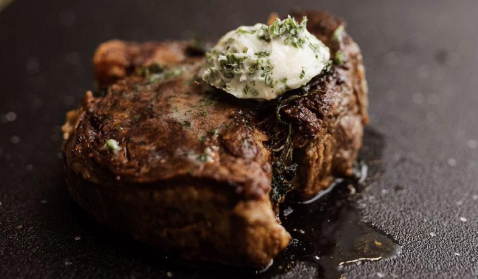 Image of steak by Chef Elle.