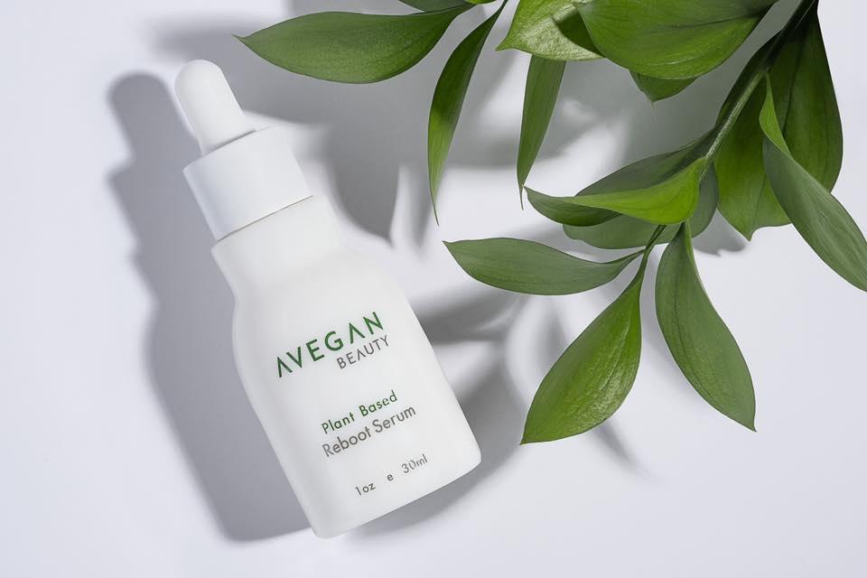 vegan anti-age serum. mother's day gift guides.