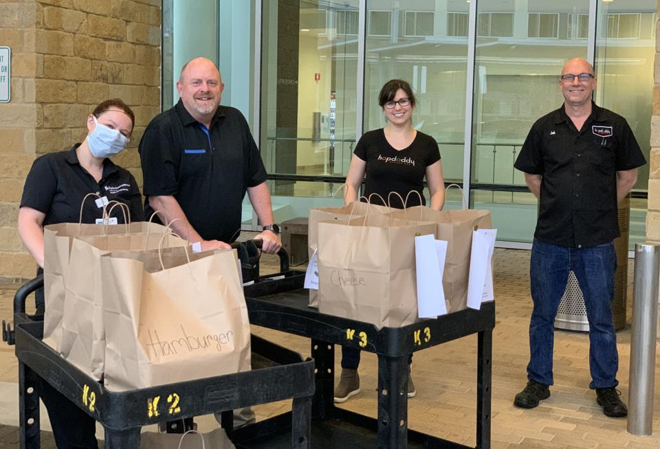 Hopdoddy employees deliver meals to Baylor Scott & White hospital