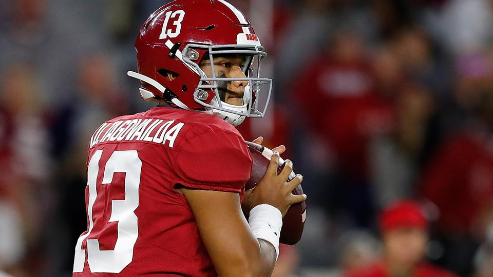 nfl-Tua-Tagovailoa2-by-Kevin-Cox-Getty-Images
