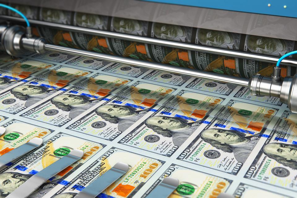 Printing 100 US dollar USD money banknotes