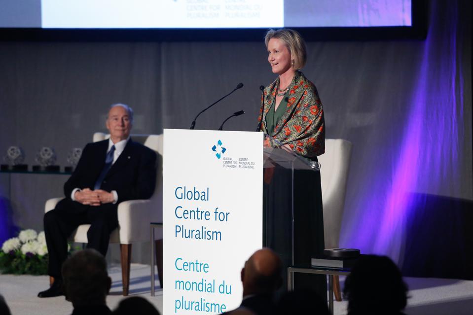 Meredith McGhie addressing the 2019 Global Pluralism Award Ceremony, Ottawa