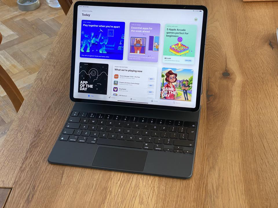 Magic Keyboard and iPad Pro combo