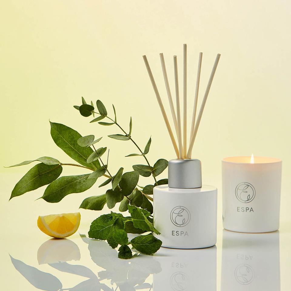 Energizing Candle by ESPA