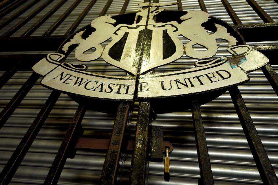 Newcastle United F.C No Parking Sign