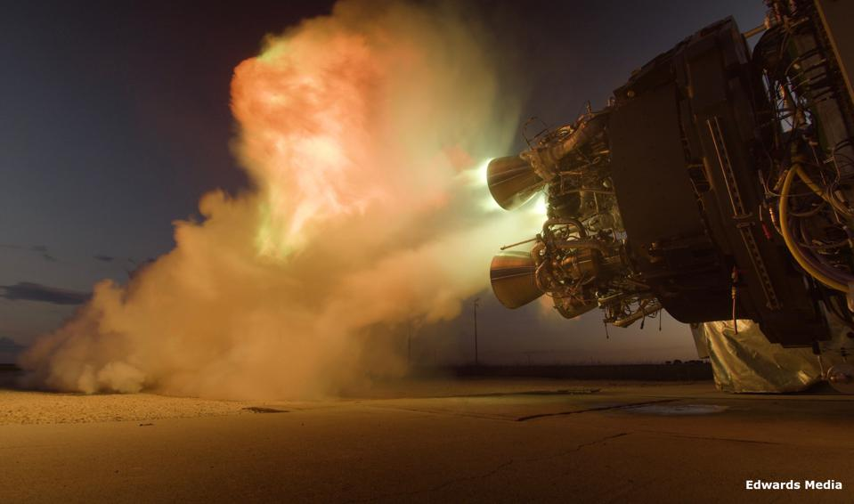 A nighttime test of the Firefly Alpha stage one Reaver engines.