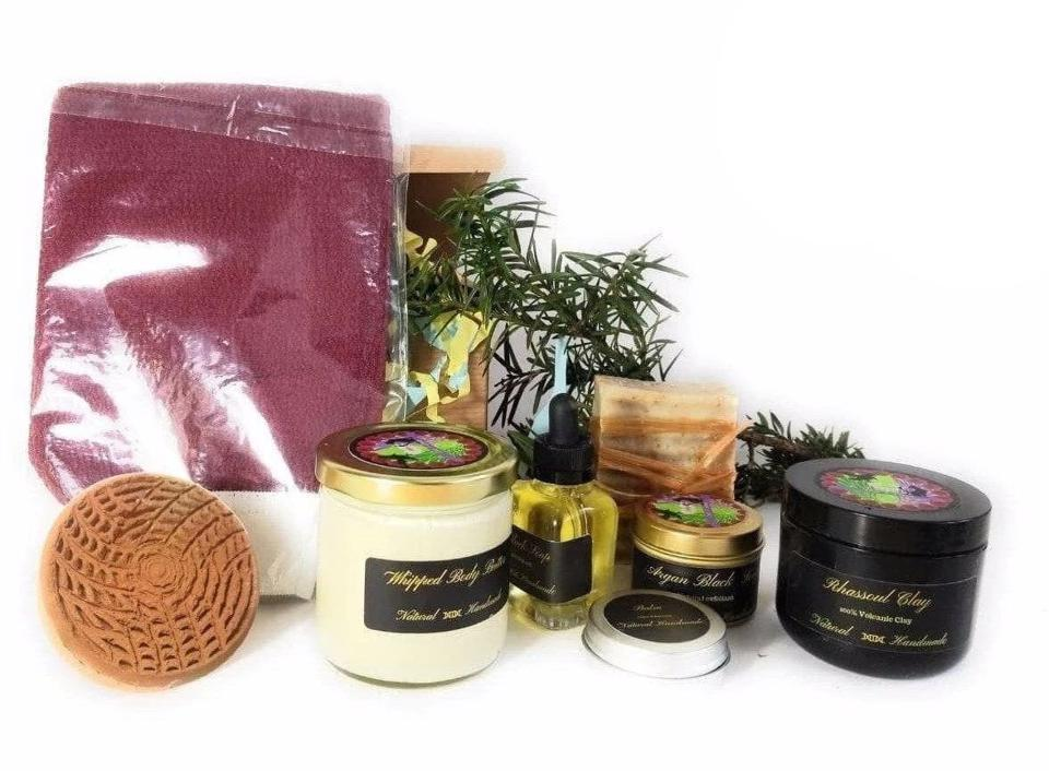 all natural mother's day spa sets. gift guides