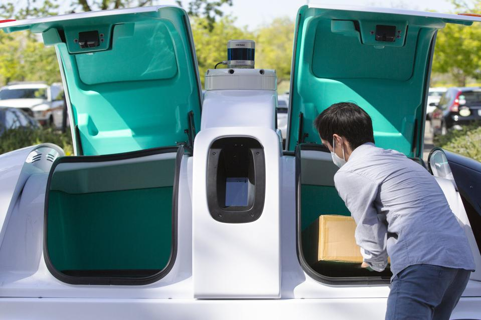 Coronavirus Scrambles Self-Driving Race, Pushing Nuro's Delivery Bots To Front Of The Pack